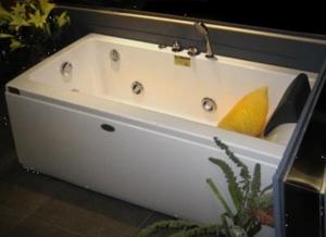 Ванна акриловая Appollo AT-9013