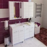 Комплект мебели для ванной комнаты СаНта Тумба Омега 60 + Зеркало Омега 60